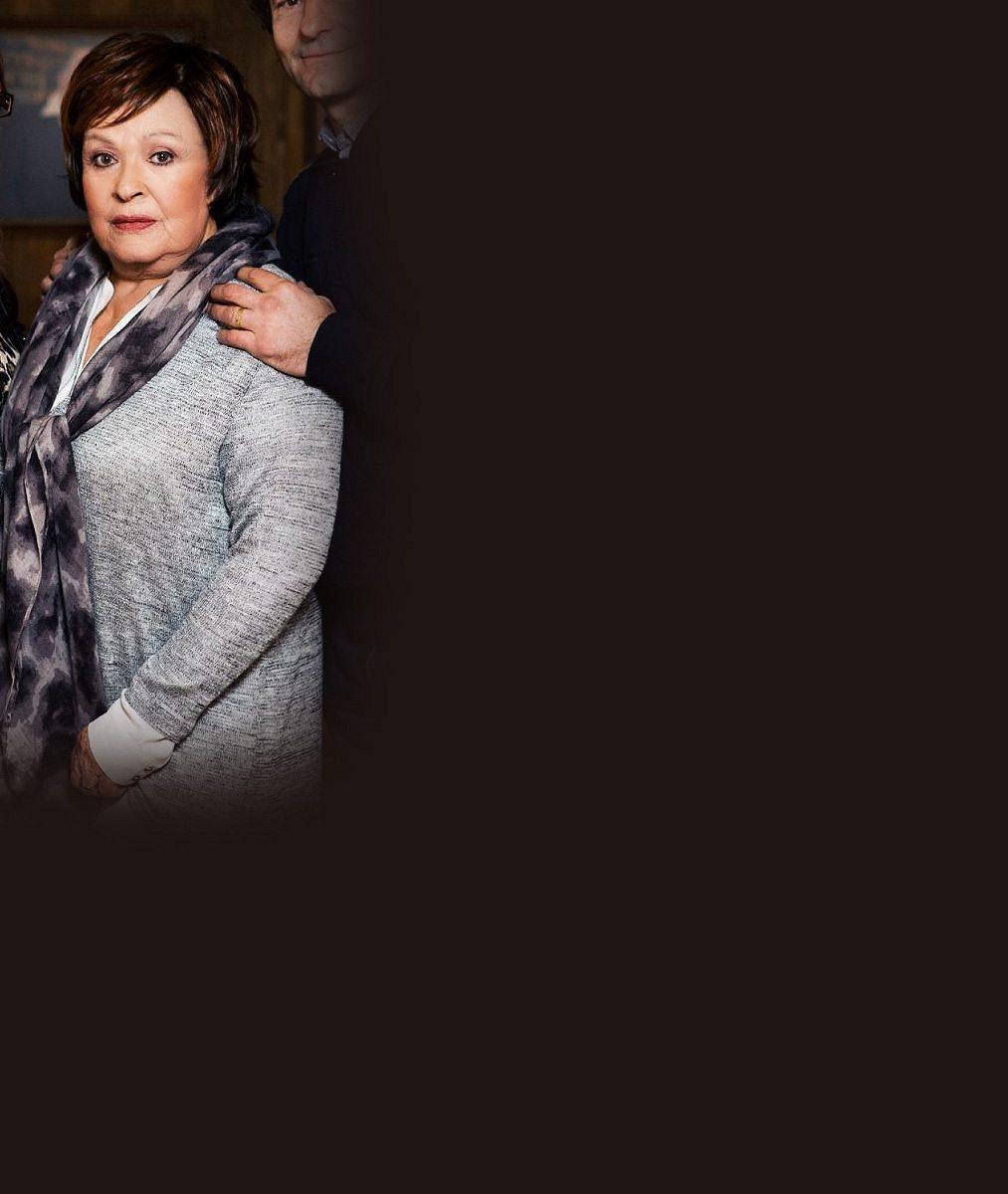 Jiřina Bohdalová přišla o milióny: Stala se obětí zločinců, jednoho jí doporučila její banka!