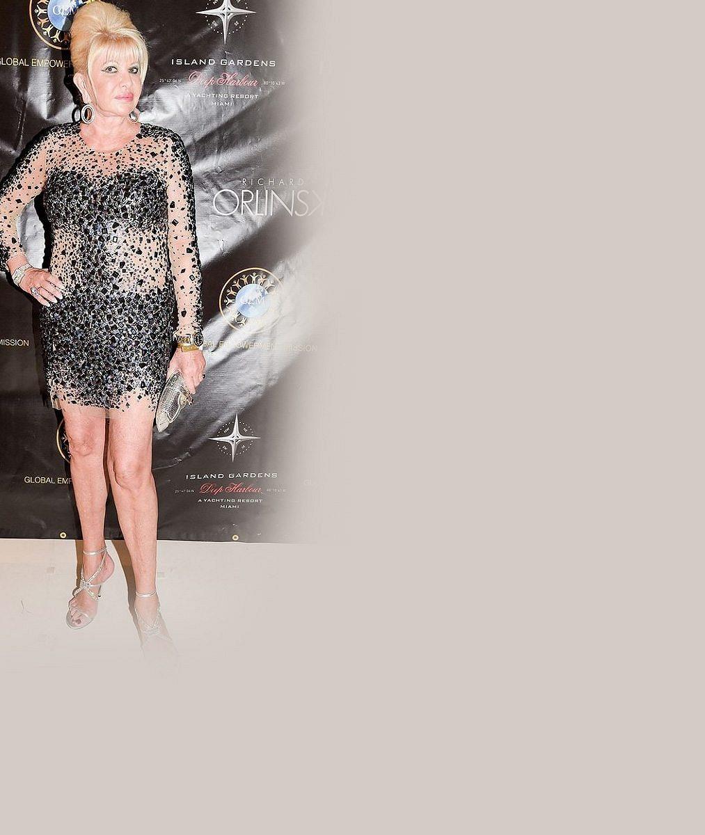 Osminásobná babička Ivana Trump (67) zapomněla na svůj věk? V průsvitných minišatech si hrála na večírkovou sexbombu