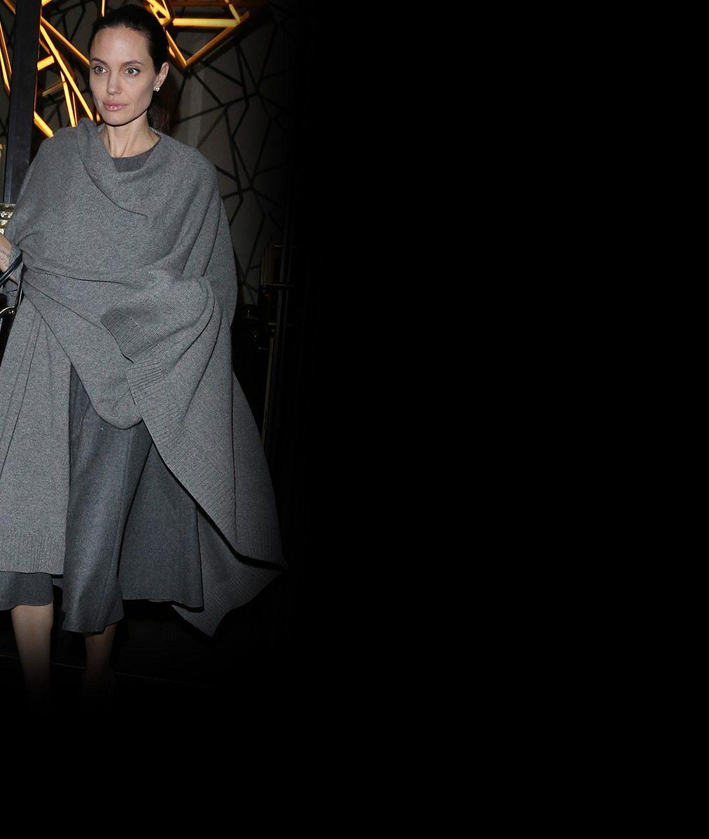 Angelině Jolie už odzvonilo: Roli Lary Croft po ní převezme kráska, která letos získala Oscara