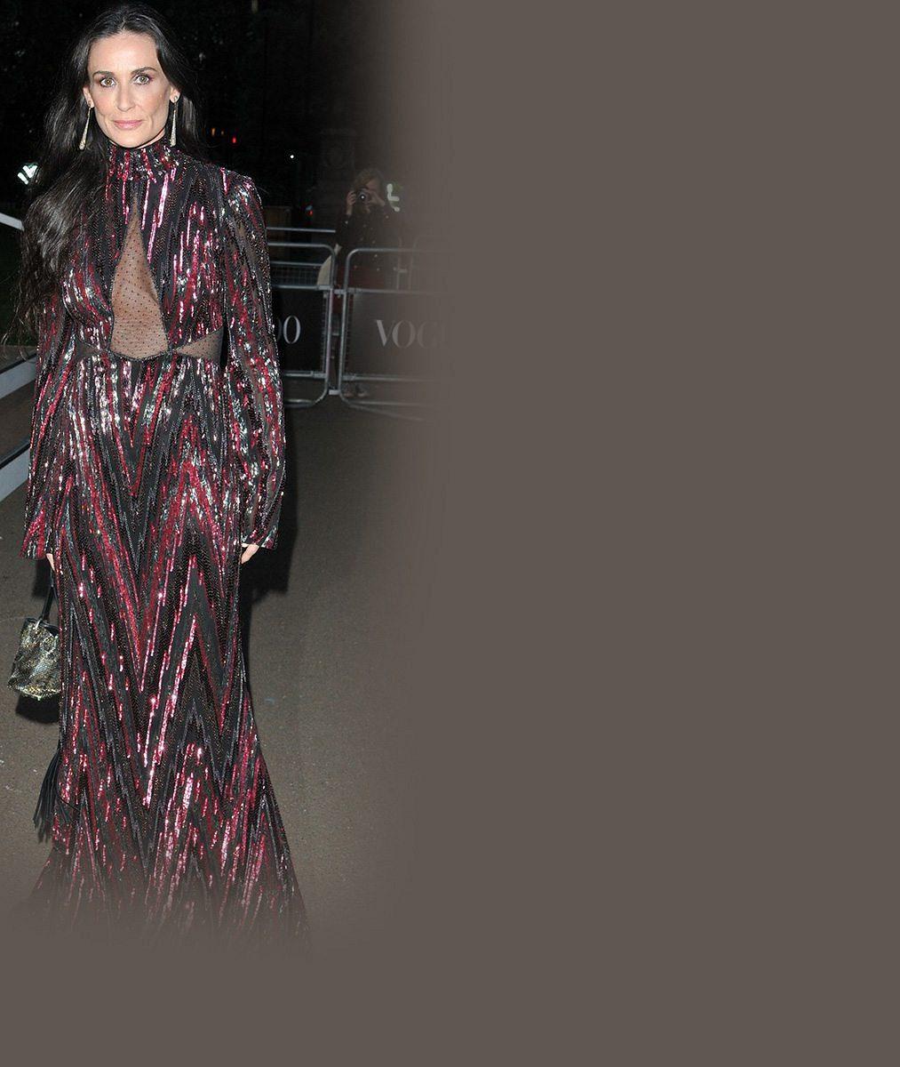 Božská Demi Moore (53)! Striptýz by si mohla dovolit natáčet snad i dnes