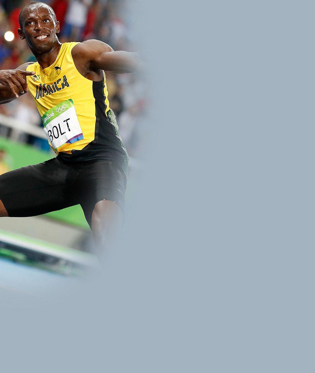 Další noci Usaina Bolta, další holky: Líbačka s jednou, na pokoj s druhou. Přítelkyně mu prý odpustí