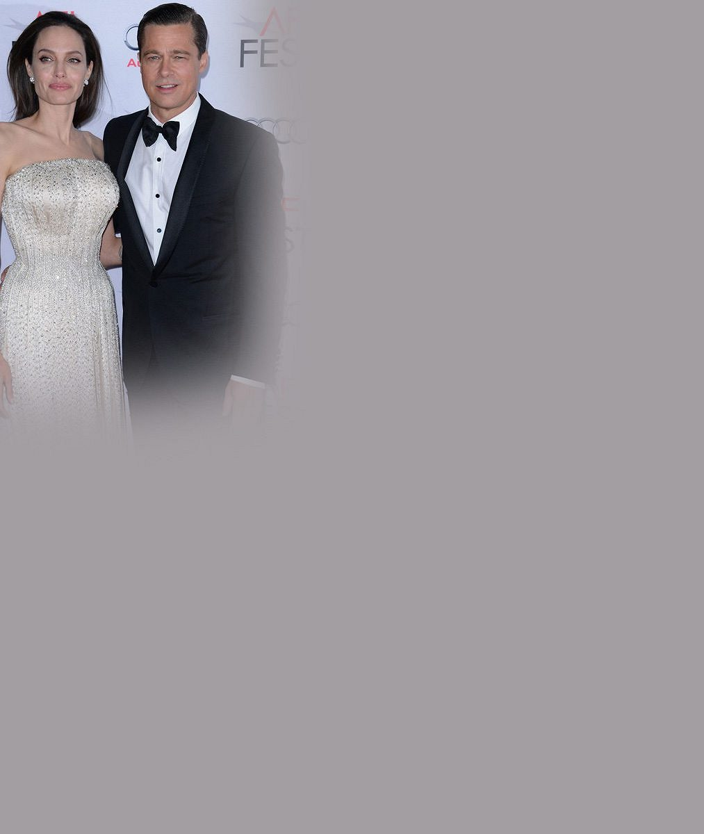 Kámoška Aniston si nebrala servítky: Angelina je blázen, nedivím se, že Brad musel hulit a chlastat