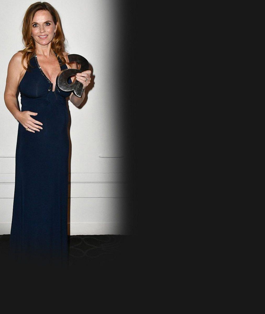 Zrzka ze Spice Girls (44) ukázala, jak už se na ní začalo projevovat překvapivé těhotenství