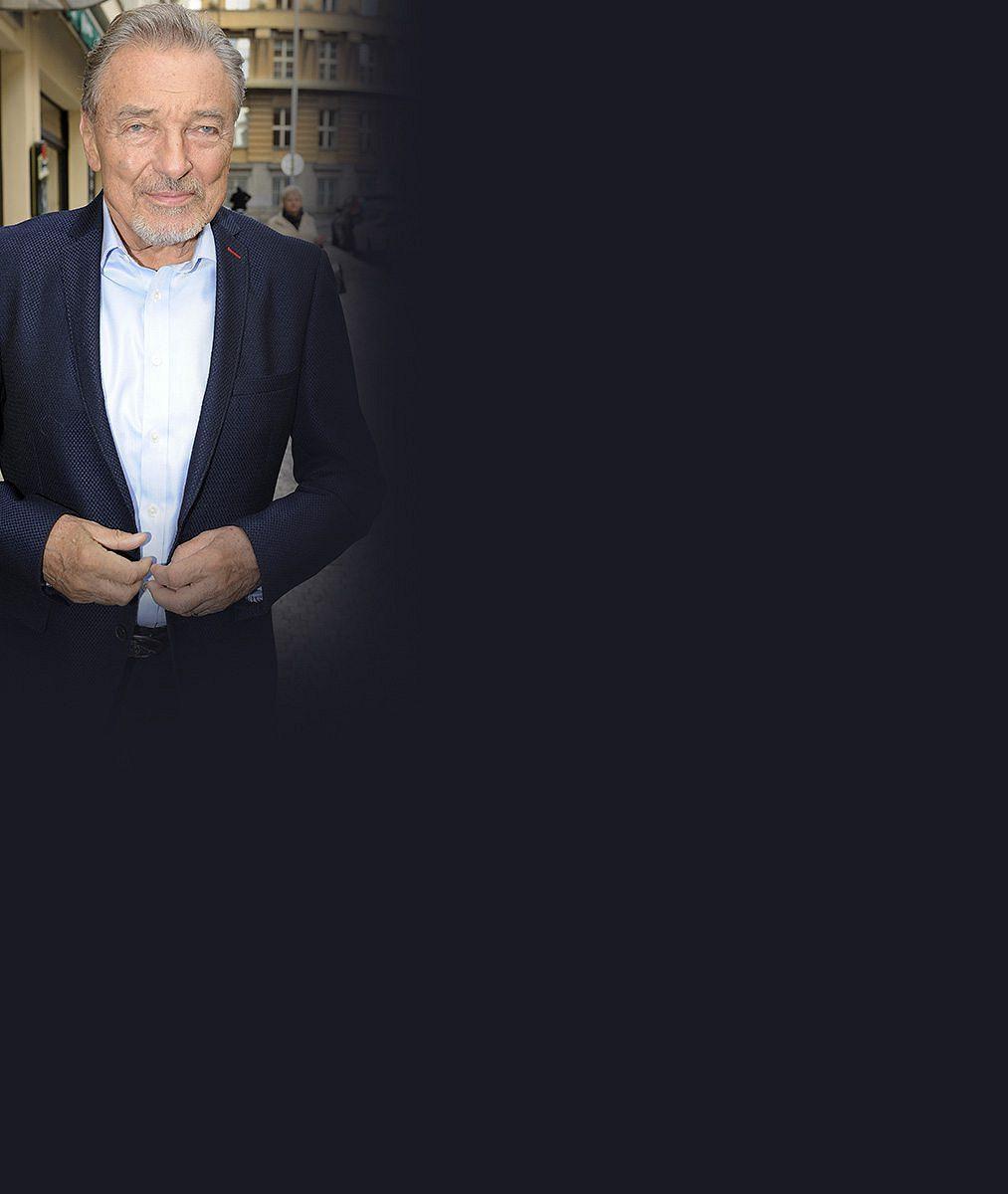 Ani retuš, ani archiv: Karel Gott potěšil fanoušky svou aktuální fotkou