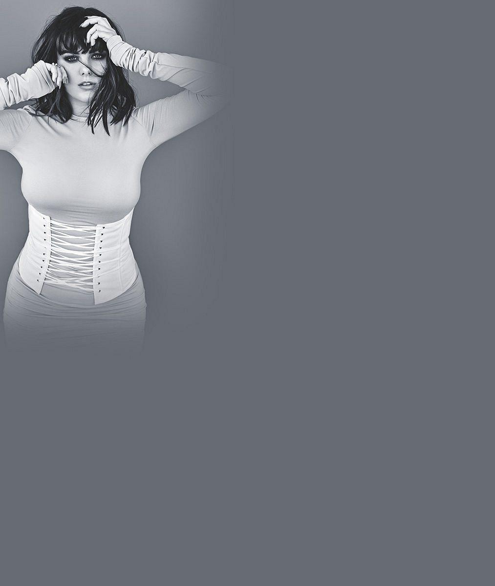 Největší módní výstřelky experimentátorky Farne: Od odpudivých modelů přes parádní kousky, které jí skvěle sedí