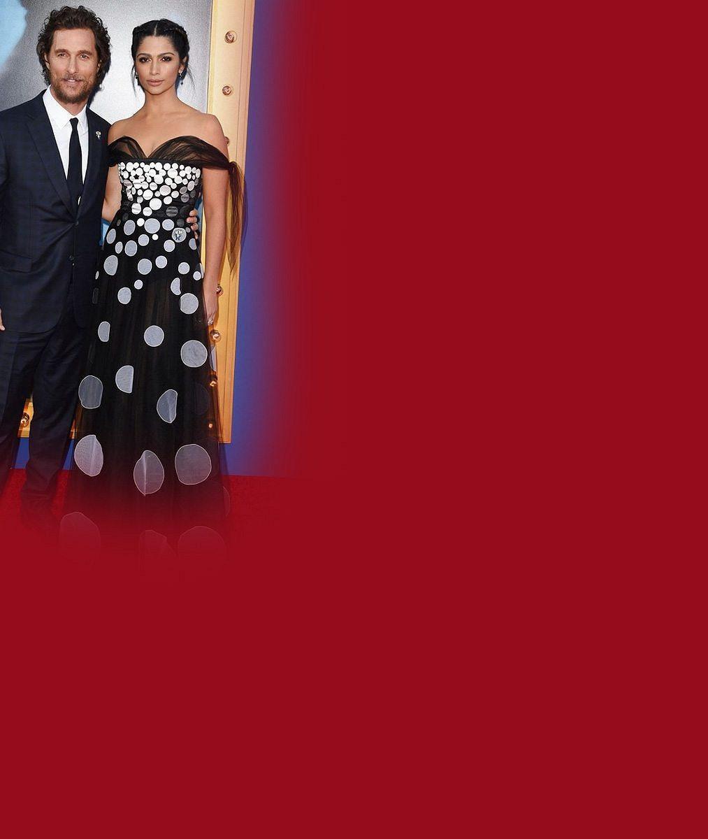 Oscarový herec se pochlubil krásnou manželkou irozkošnými dětmi: Dceru od syna nerozeznáte