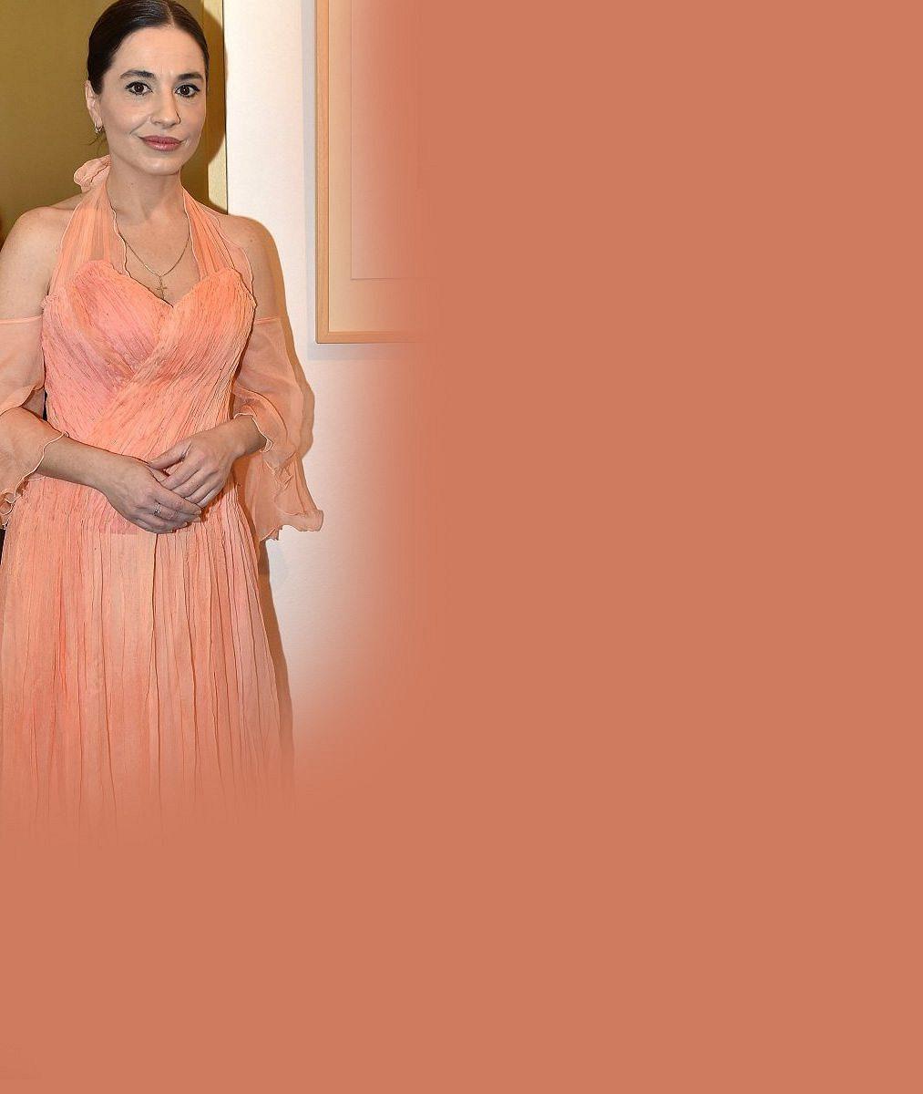 Takhle princeznu Jasněnku neznáte: Michaela Kuklová (50) se pochlubila skvělou figurou v plavkách!