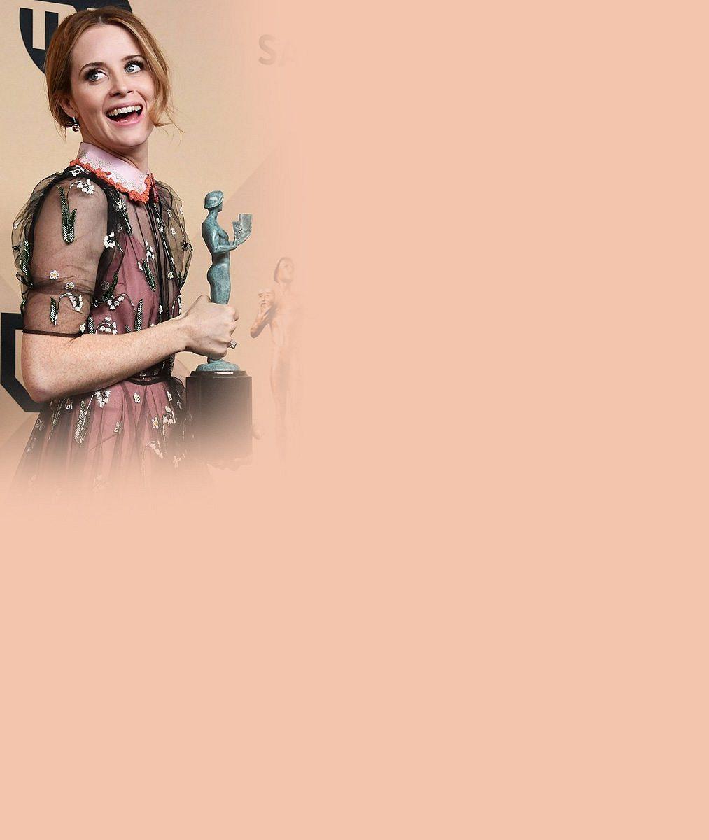 Móda na akci plné hereckých hvězd: Šaty s papouškem, cudná nahota i dokonale ukryté těhotenství