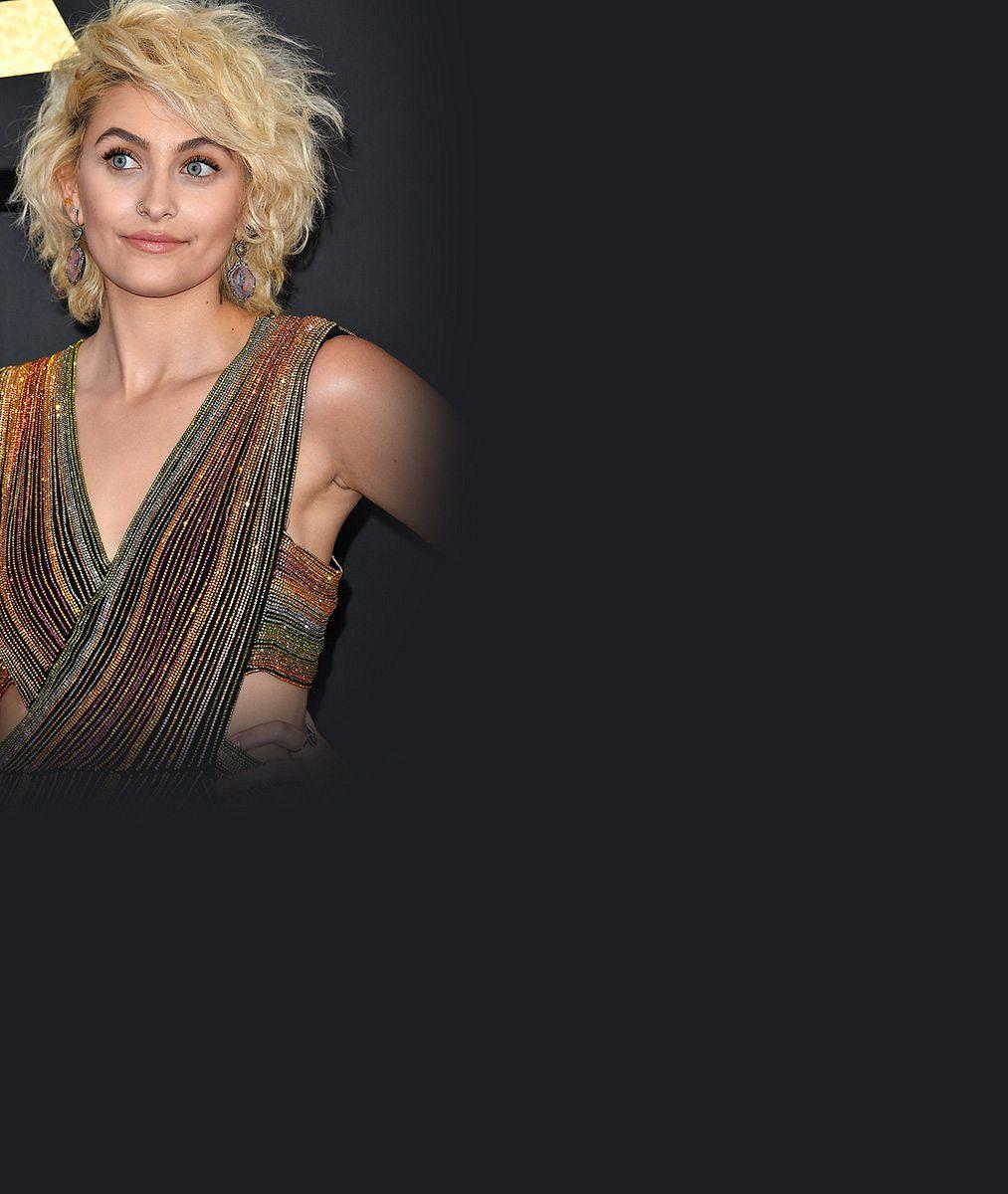 Dcera Michaela Jacksona na Grammy: Zatím ještě trochu vyjukaná, ale okouzlující!
