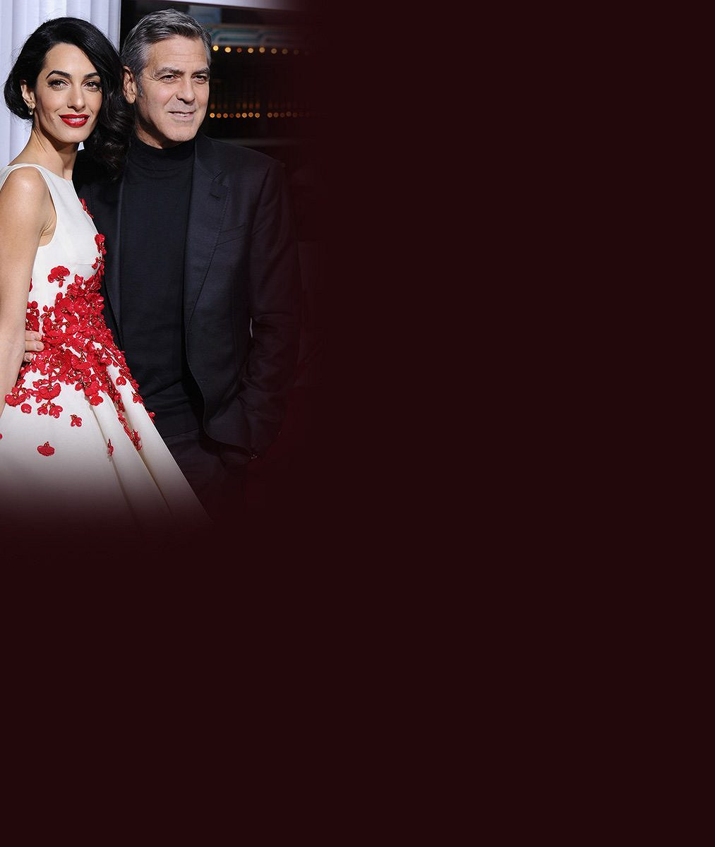 Těhotná Amal Clooney v Paříži dokonale zastínila manžela George: Každý si špital o jejím bříšku