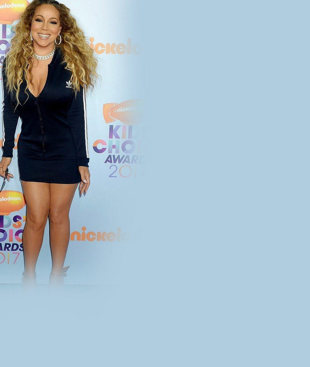 Jako za starých časů? Mariah Carey odložila svého zajíčka, pózovala s exmanželem a jejich dvojčaty