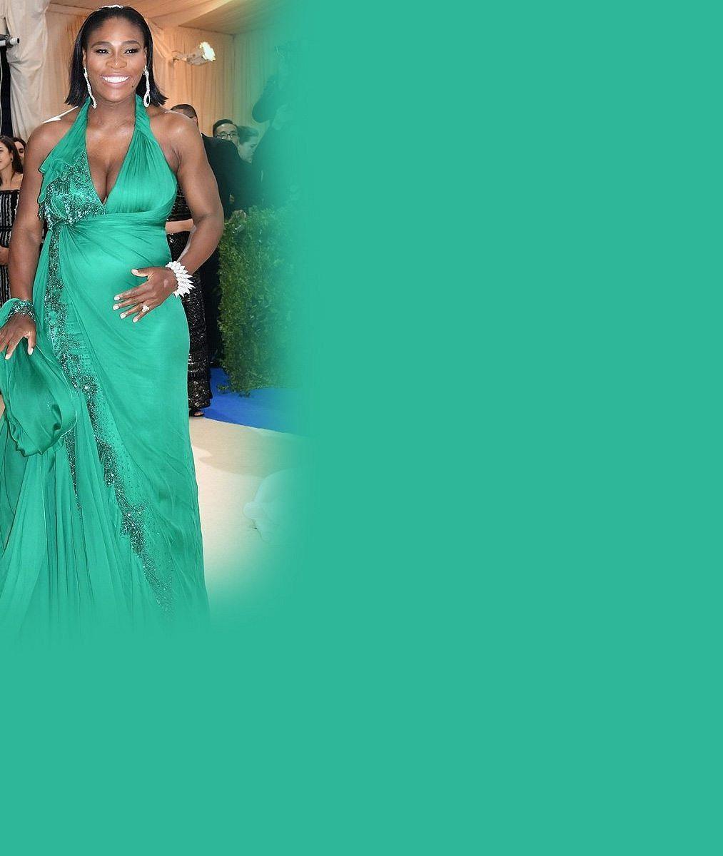 Na kurtu ji nejspíš jen tak neuvidíme: Takhle se Serena Williams zakulatila v pátém měsíci těhotenství