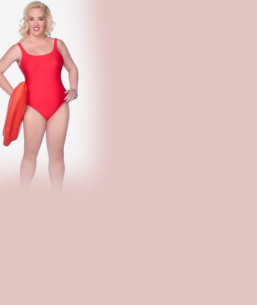 Dvoumetráková mamina známá z televize zhubla dvě třetiny své váhy a opět oblékla červené plavky z Pobřežní hlídky