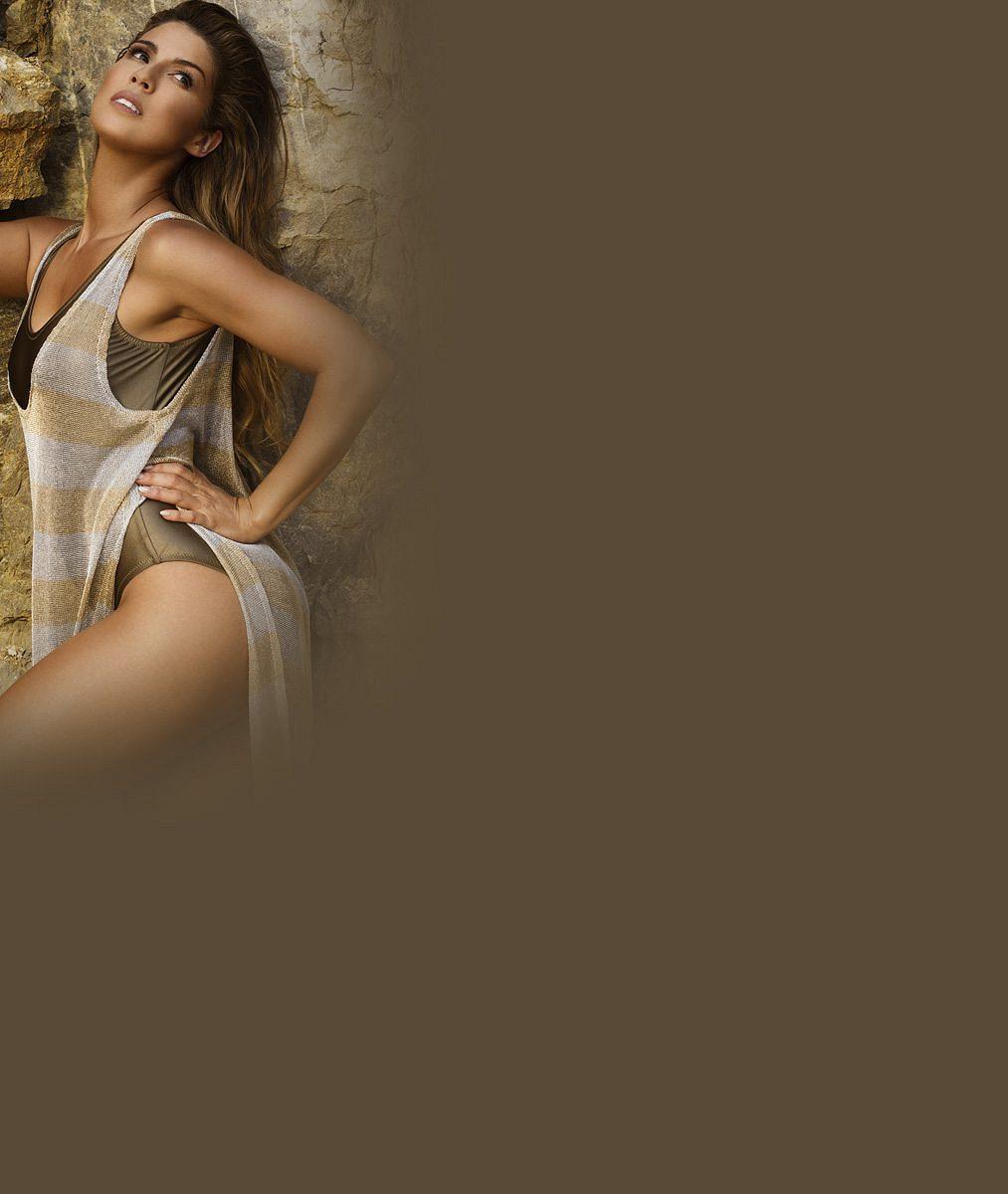 Zpěvačka Victoria žhavý klip málem nenatočila: Její plné tvary způsobily nehodu sgarderobou!