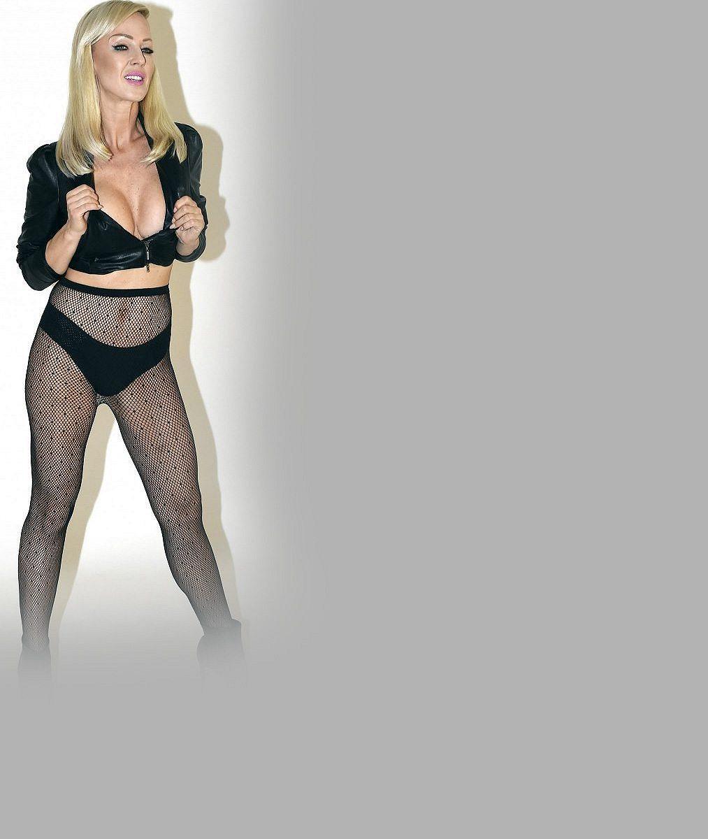 Dvojnásobná mamina oslnila Miami: Bývalá moderátorka lechtivého Peříčka se pochlubila perfektním tělíčkem v plavkách