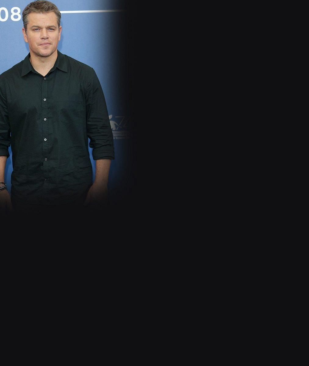 Matt Damon ukázal vBenátkách manželku: Tahle kočka mu porodila tři dcery