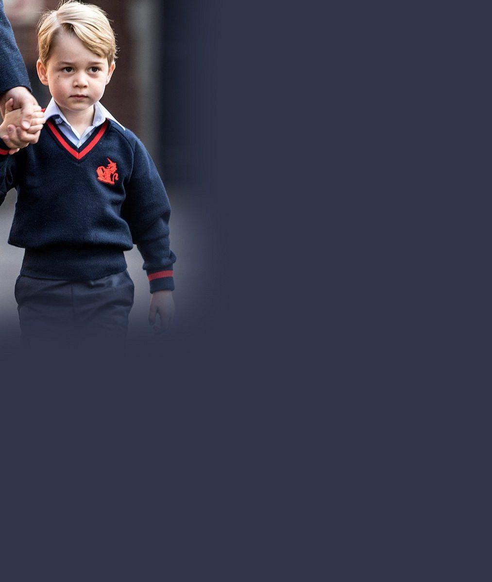 První školní den prince George: Doprovázel jej jen tatínek William, těhotná vévodkyně Kate zůstala doma