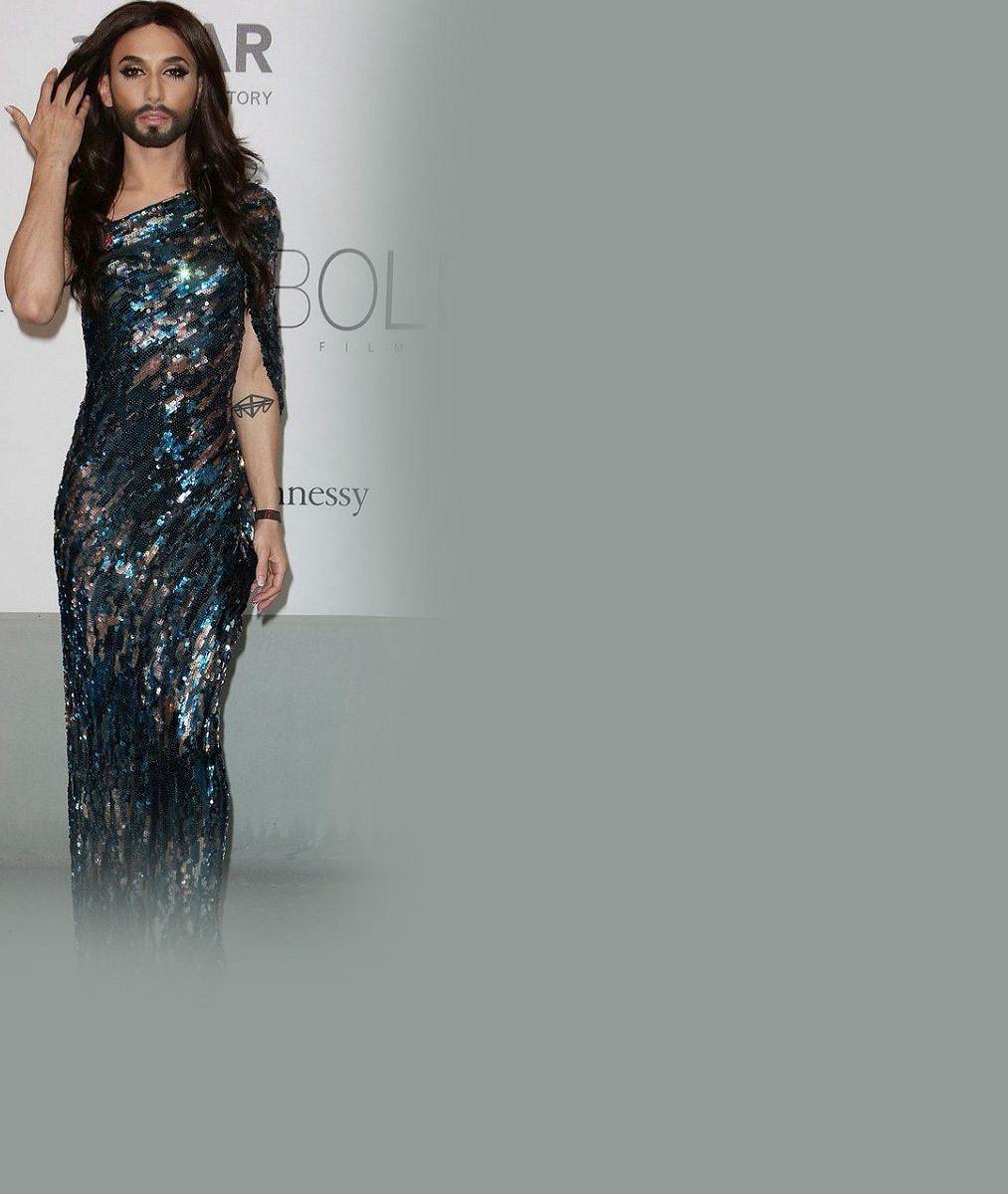 Vousatá vítězka Eurovize se už neholí ani na hrudi: Podívejte se, jak zmužněla Conchita Wurst