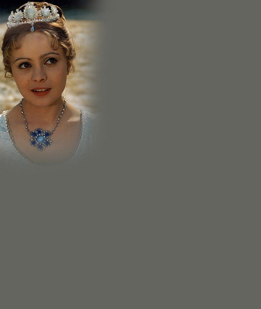 Pořád jí to sluší: Podívejte se, jak teď vypadá legendární Popelka Libuška Šafránková (64)
