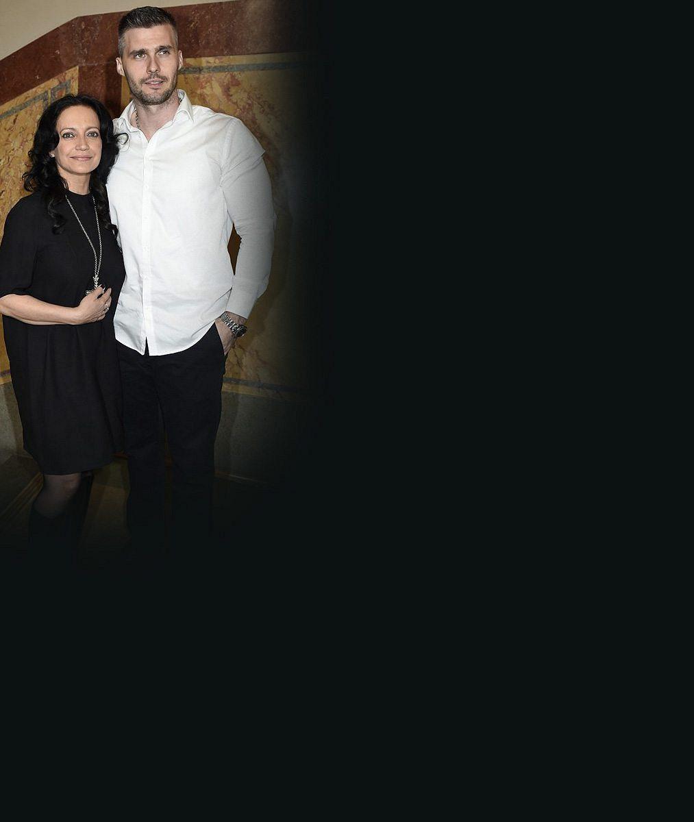 Zase zamilovaná: Lucie Bílá poprvé prozradila, že se svalnatým ochráncem opět tvoří pár. Co je svedlo dohromady?
