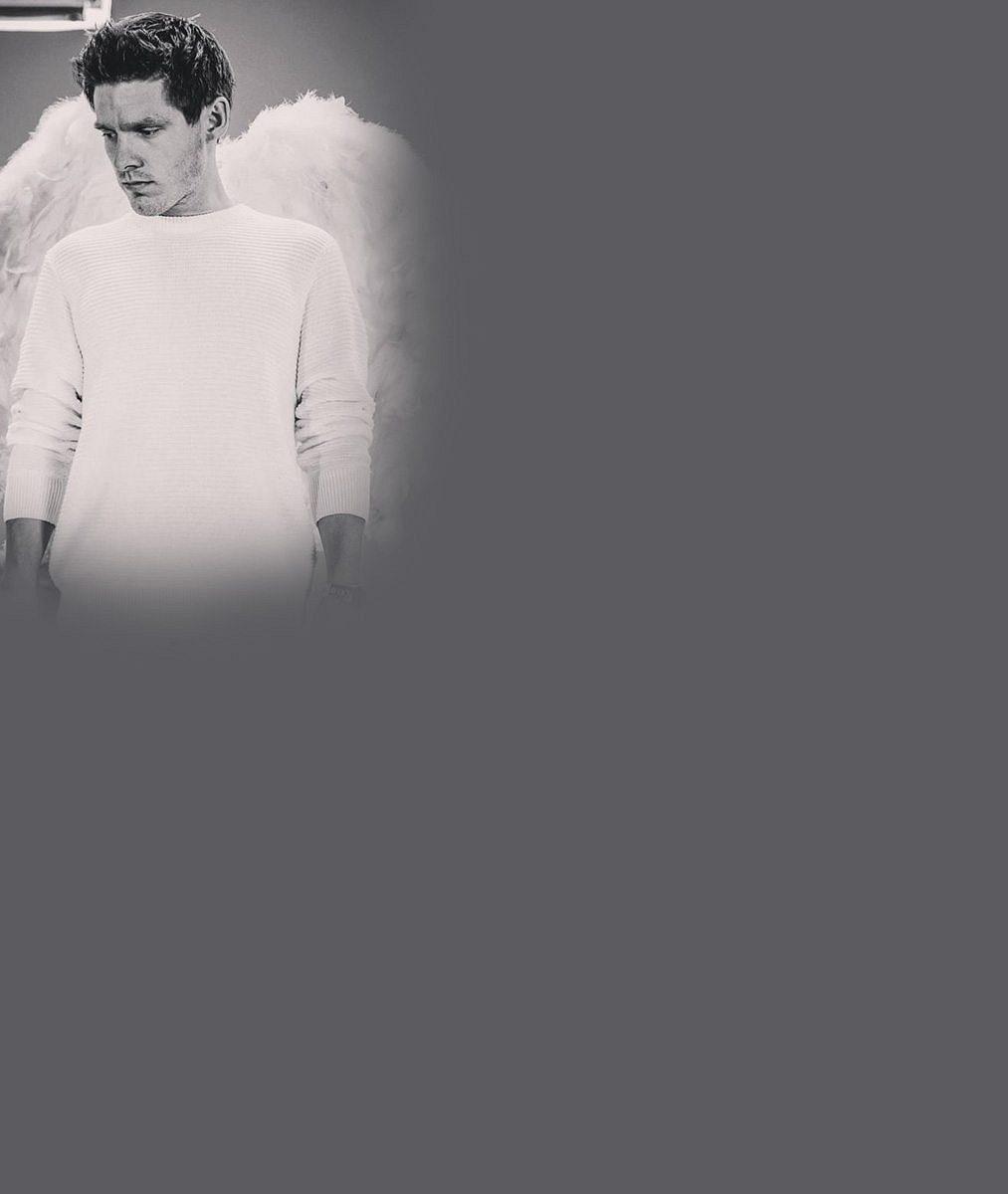 Zamilovaně vrkají ivrouškách: Pavel Callta ajeho krásná brunetka rozněžnili fanoušky