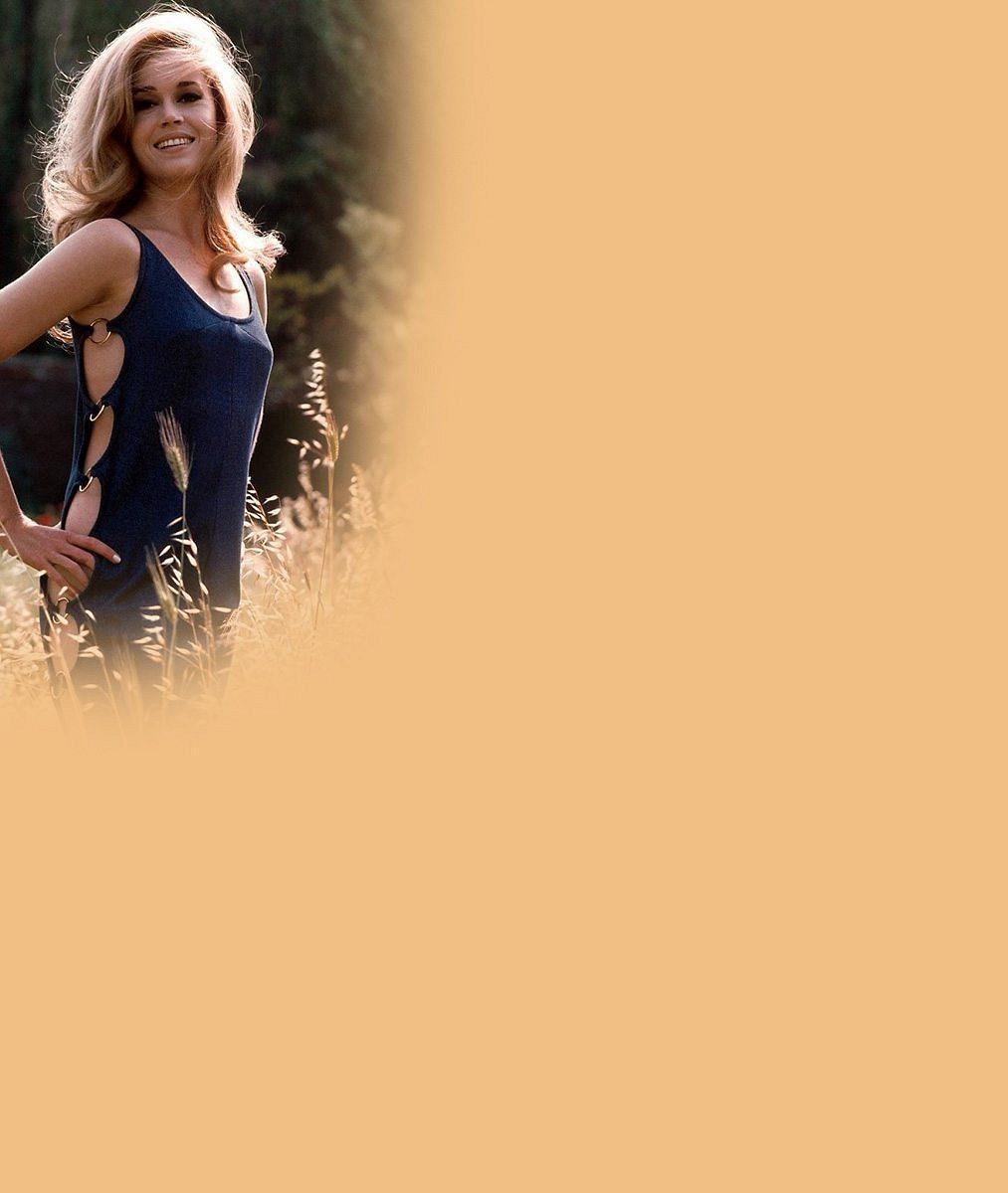 Jane Fonda slaví osmdesátiny: 12fotek ji zachycuje jako sexsymbol, hereckou ikonu išmrncovní dámu