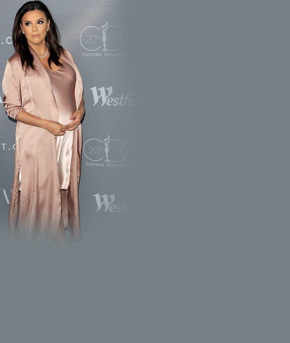 Spokojenost z ní přímo vyzařuje: Těhotná herečka (42) ze Zoufalých manželek se už těší na miminko