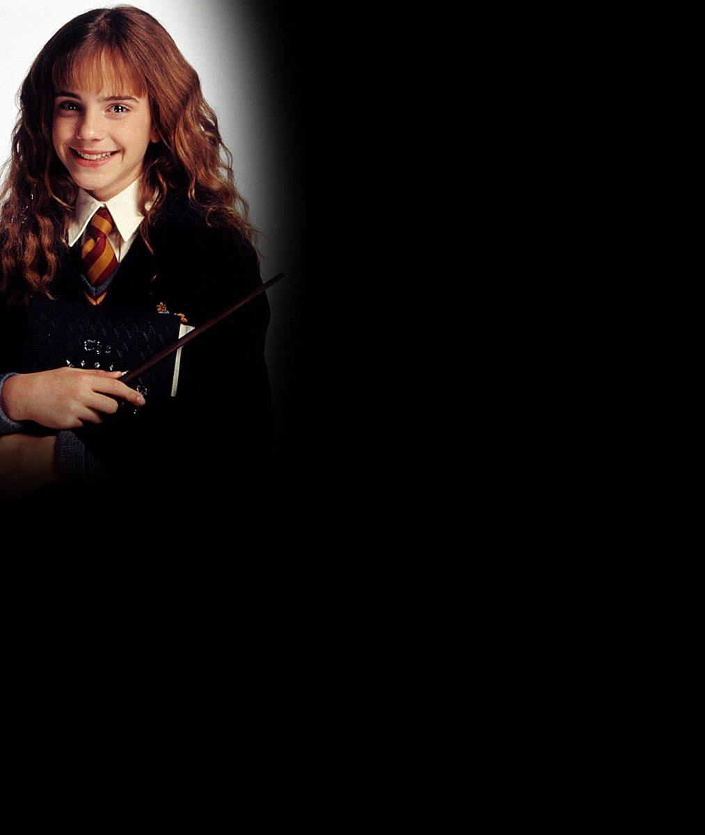 Z roztomilé čarodějky je půvabná mladá žena: Takhle vyrostla do krásy Hermiona z Harryho Pottera