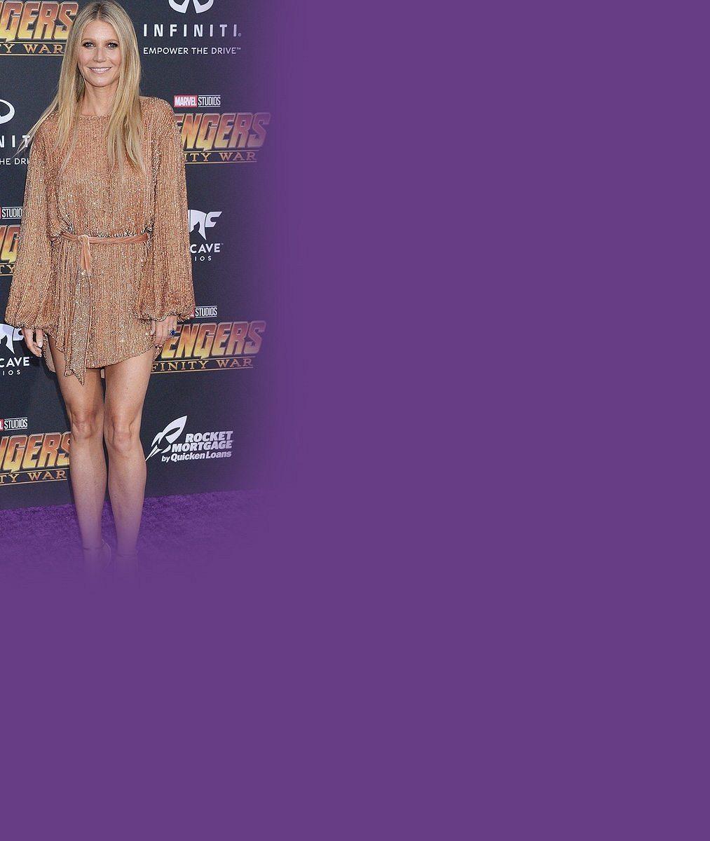 Po údajné svatbě září štěstím: Gwyneth Paltrow (45) ukázala sexy nožky v minišatech