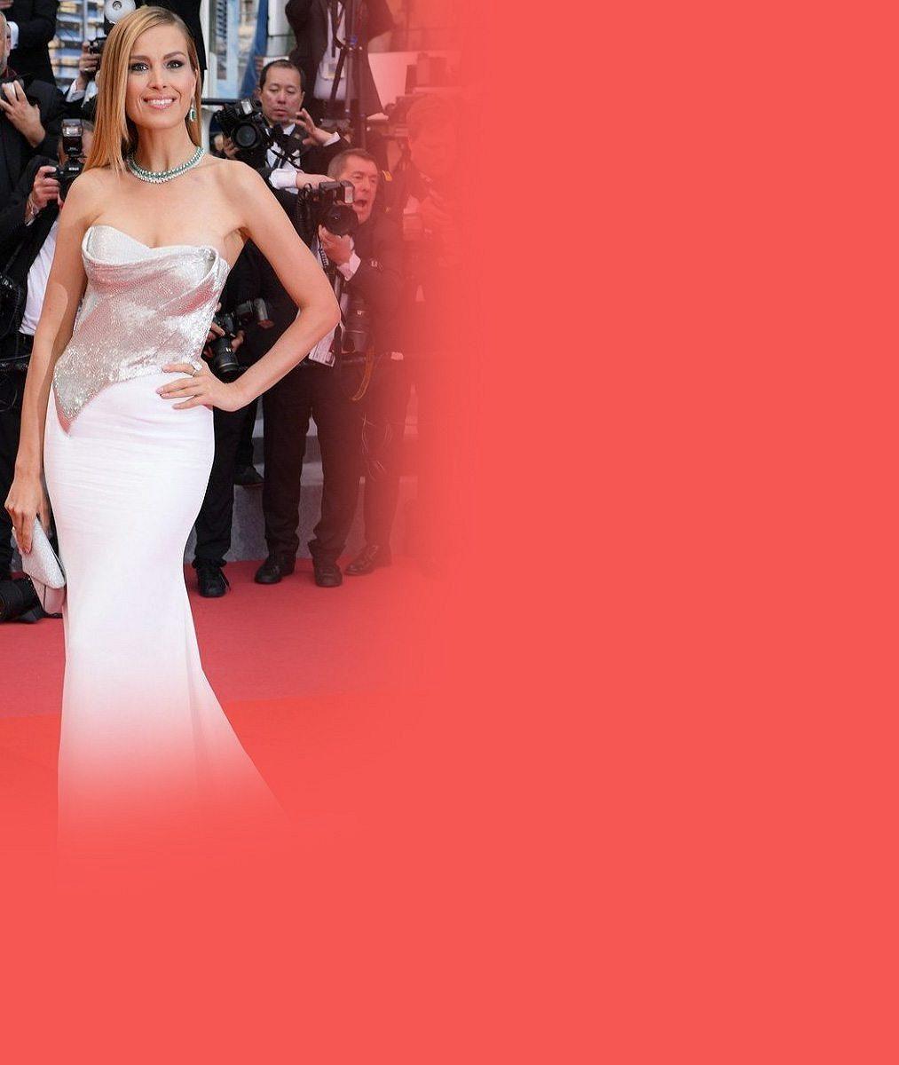 Česká krása na festivalu v Cannes: Tradičně dokonalá Petra Němcová ozdobila červený koberec