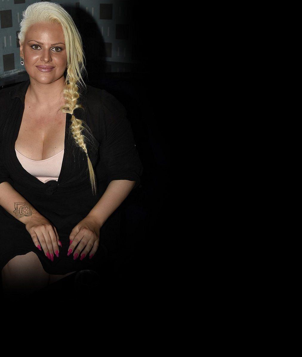 Charlotte Štiková zKačerova: Pořádně přifoukla rty aobarvila vlasy. Je knepoznání!