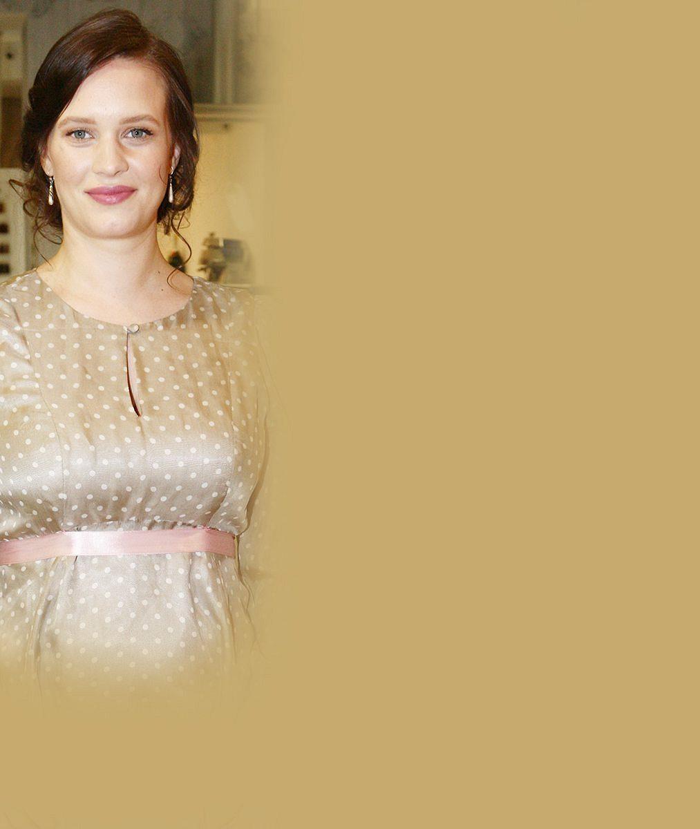 Kristýna Leichtová vynesla všechny své trumfy: Pochlubila se napěchovaným dekoltem, maminkou i tříměsíční dcerkou