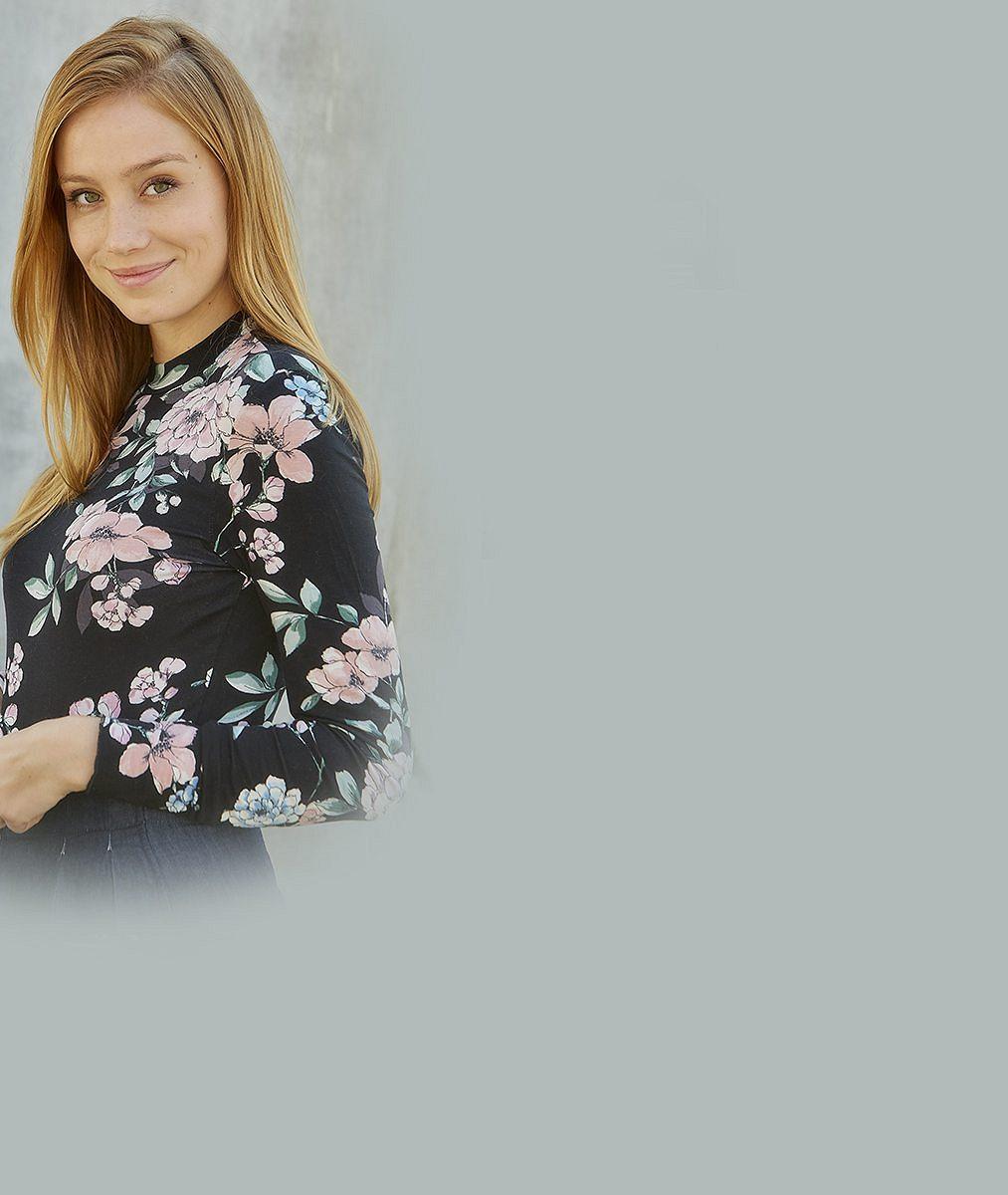 Anna Kadeřávková zUlice šla do plavek: Máš malá prsa, jsem smutnej, přečetla si od fanouška