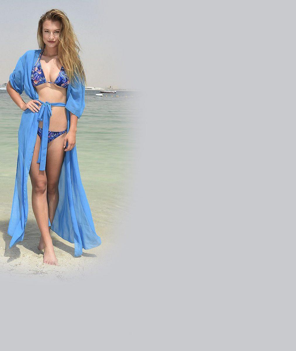 Dýchejte zhluboka! Nejkrásnější Češka abývalka Bena Cristovaa zapózovala vprůhledném sexy prádélku