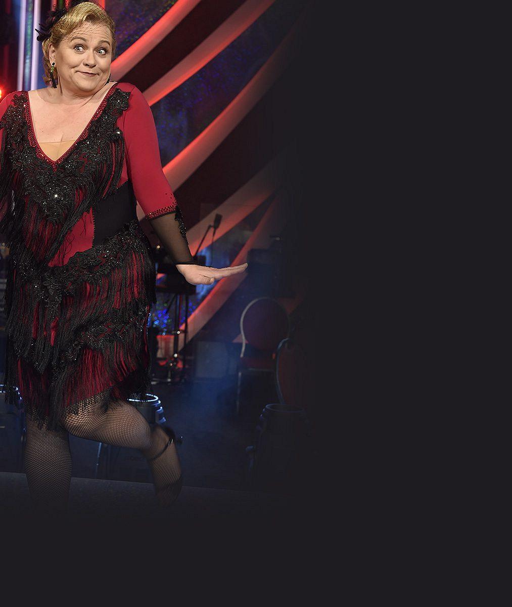 12 šatů plnoštíhlé Pavly Tomicové: Takhle sympatickou boubelku oblékli ve StarDance