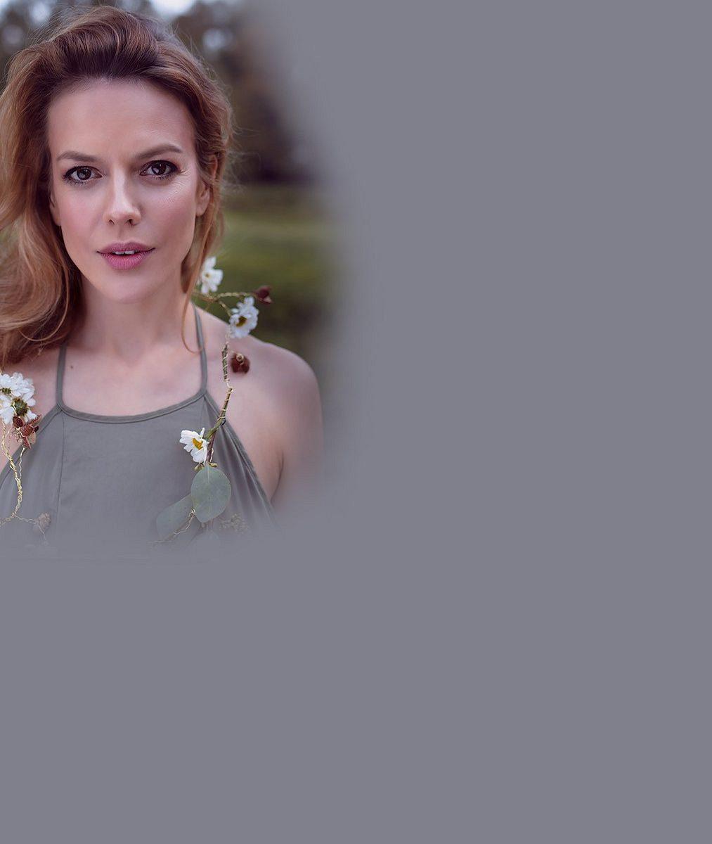 Gratulujeme! Andrea Kerestešová Růžičková čeká 2.dítě: Pochlubila se těhotenským bříškem