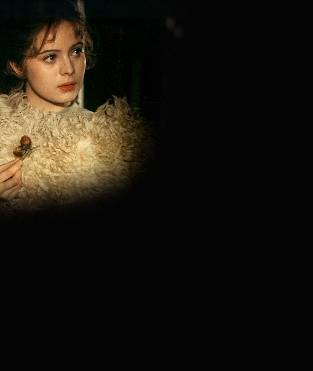 5 slavných českých filmů, které mohly vypadat jinak: Víte, kdo měl původně hrát záhadnou Sirael nebo Popelku?