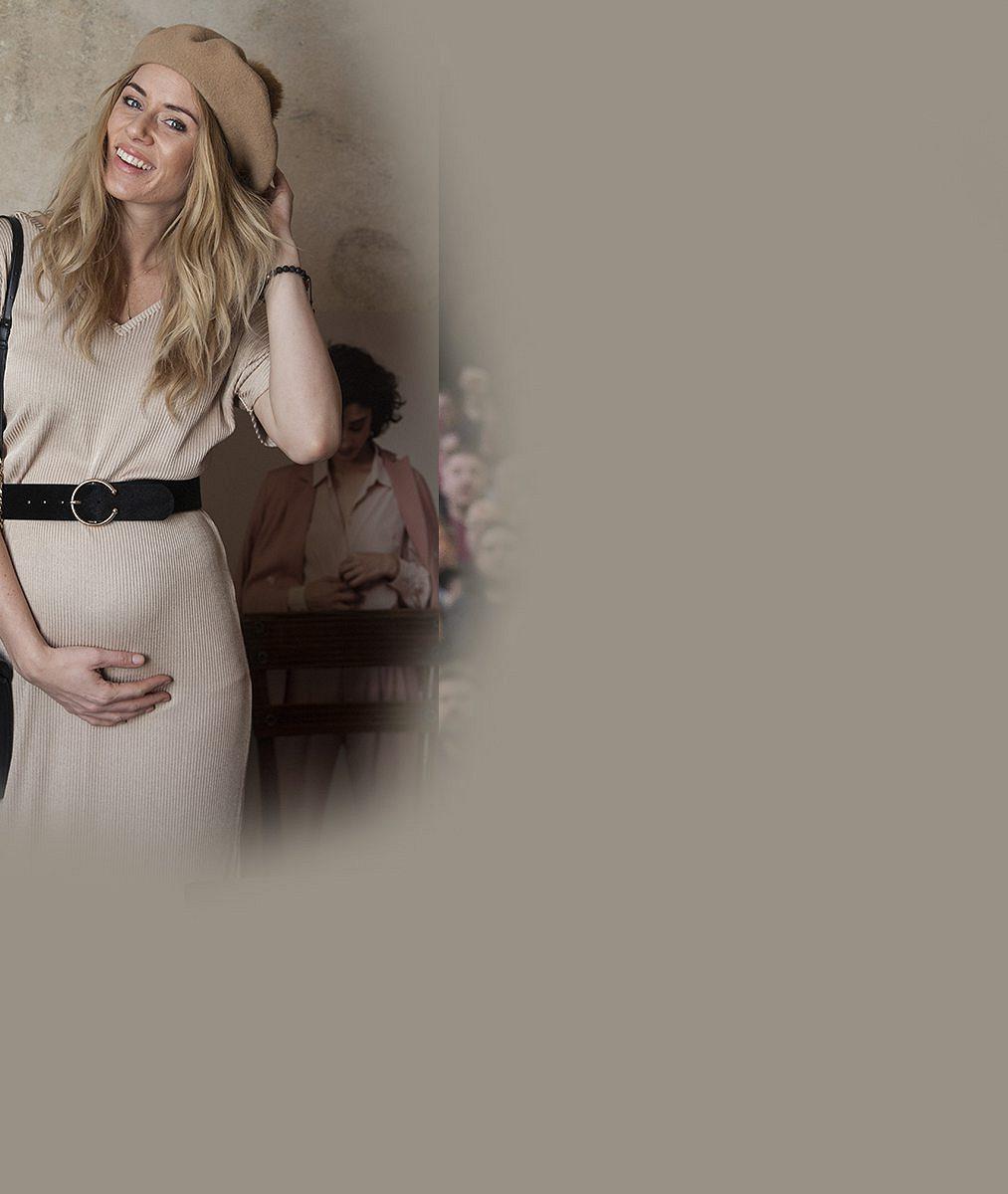 Šestý měsíc těhotenství je už na ní znát: Nikol Moravcové se vnady derou ven už i ze strany