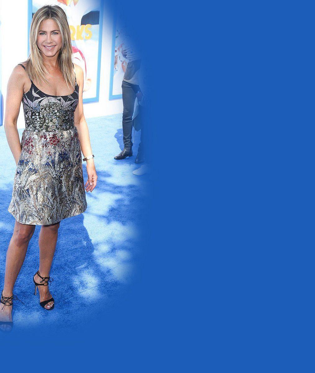 Tenhle pohled nikdy neomrzí: Jennifer Aniston (50) se ukázala vpodprsence, kterou běžně vůbec nenosí