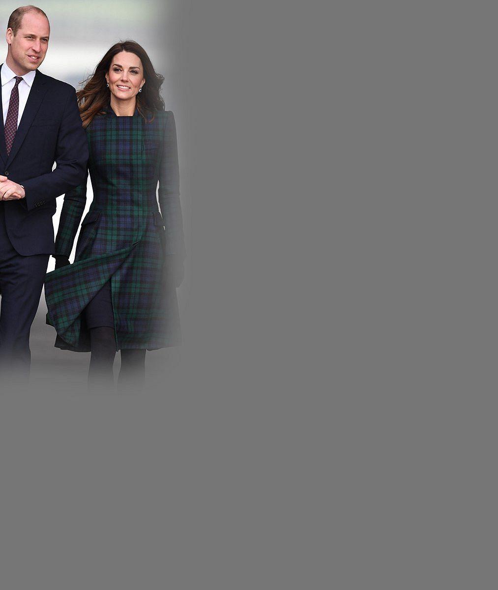 Kate a William zveřejnili nejroztomilejší snímky svých ratolestí vůbec: Podívejte se, jak děti řádily v přírodě