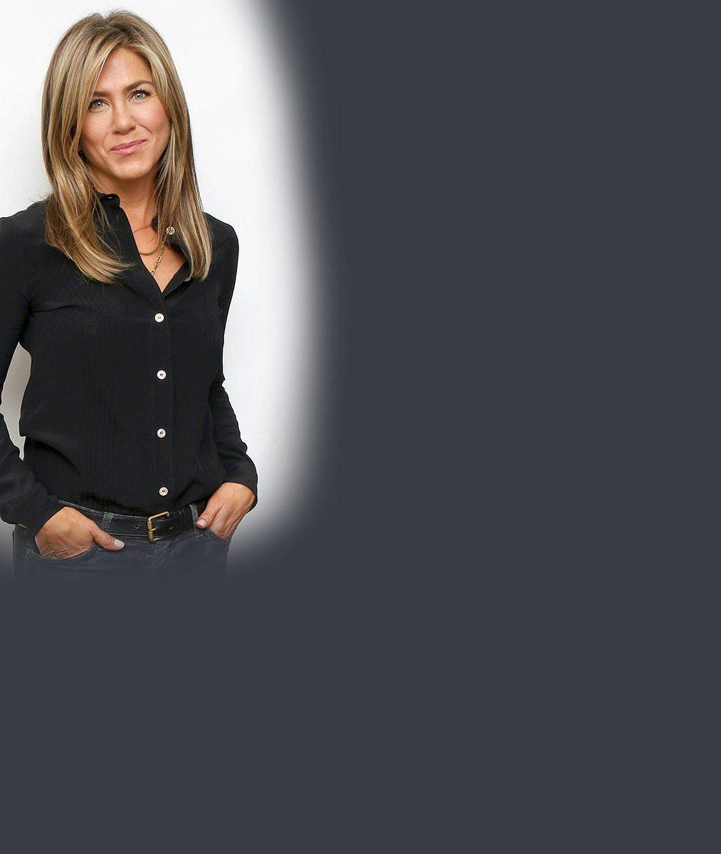 Jennifer Aniston (50) se nechala nafotit nahoře bez apromluvila otom, jak to má po dvou rozvodech sláskou