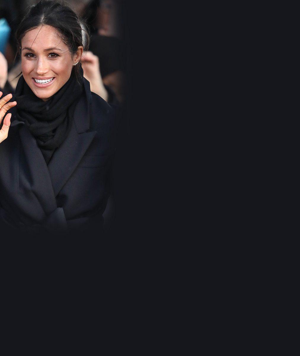 Harry aMeghan vAfrice: Vévodkyni ktanci na ulici nemuseli dlouho přemlouvat, princ se zdráhal
