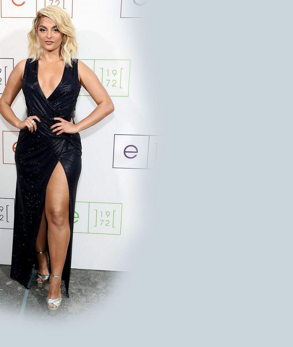 Americká kráska smocnými stehny si troufla vystoupit mezi profesionálními modelkami