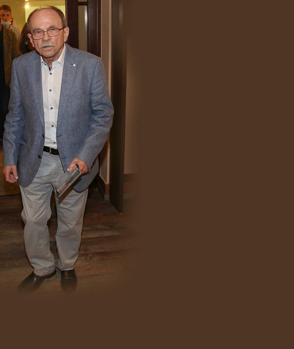 Jaroslav Uhlíř (74) poprvé po zmizení vyrazil mezi lidi: Takhle smanželkou vypadali