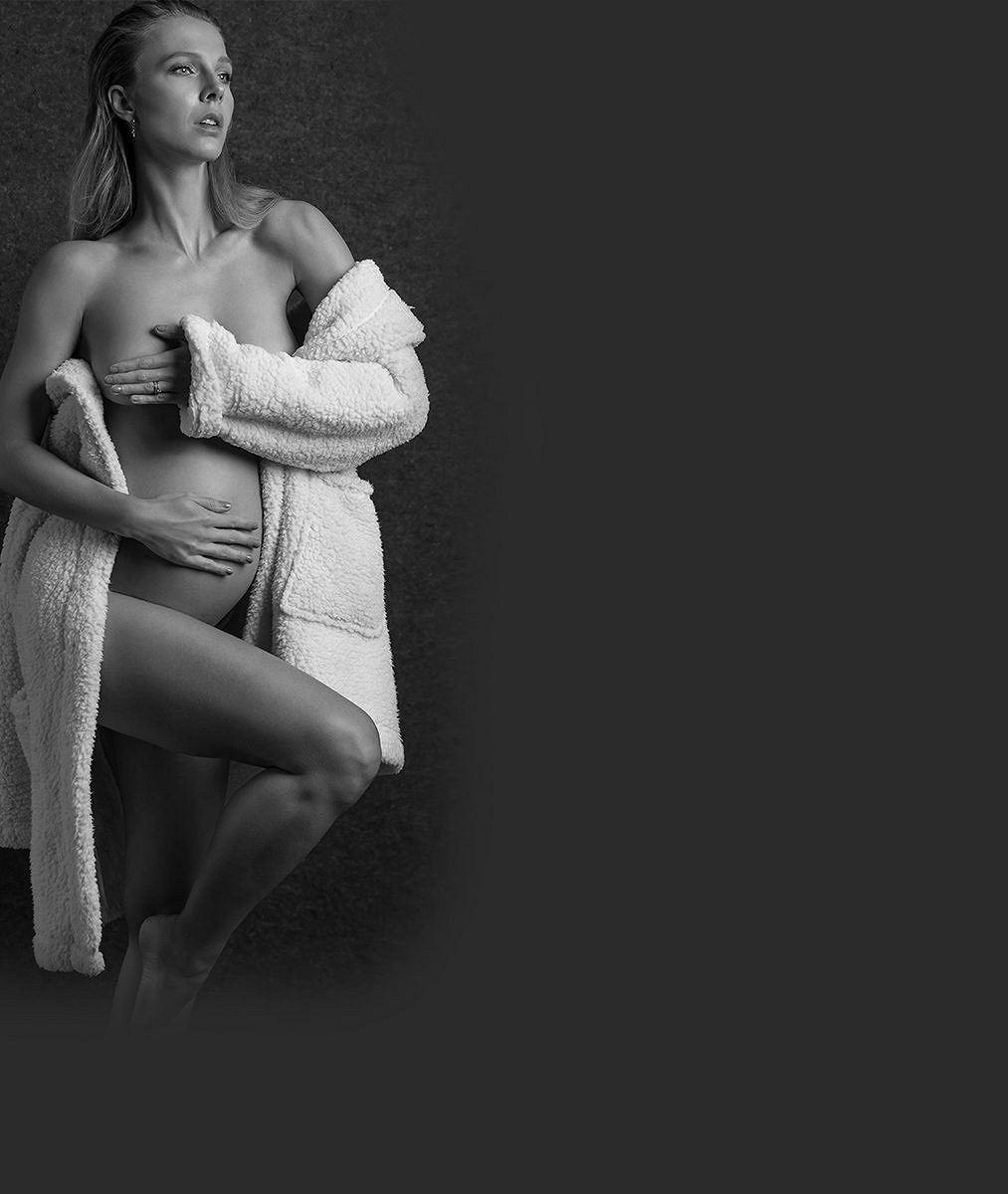 Modelka se těsně před porodem proměnila vsexy nevěstu. Stihla to za pět minut dvanáct