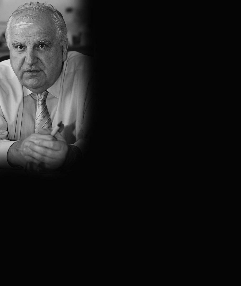 Férový chlap ikamarád: Smrt moderátorské legendy Otakara Černého (✝77) zarmoutila Bernatského iZárubu