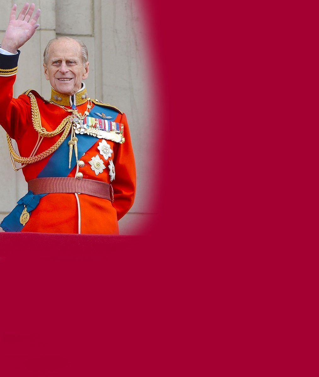 Poslední rozloučení s princem Philipem (✝99). William a Harry podle očekávání nestáli vedle sebe