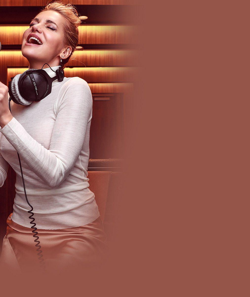 Online koncert uspořádala Dara Rolins po roční pauze abylo těžké se rozezpívat: Ihlasivky jsou jen sval