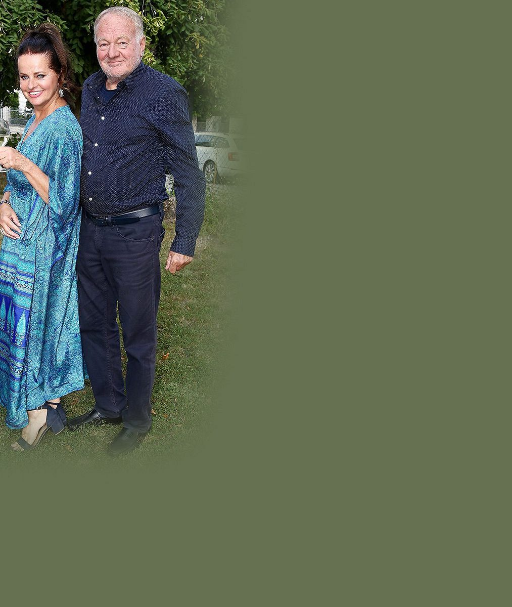 Velká oslava uLuďka Soboty: Jeho krásná manželka oslavila 60.Věk byste jí ale nehádali!