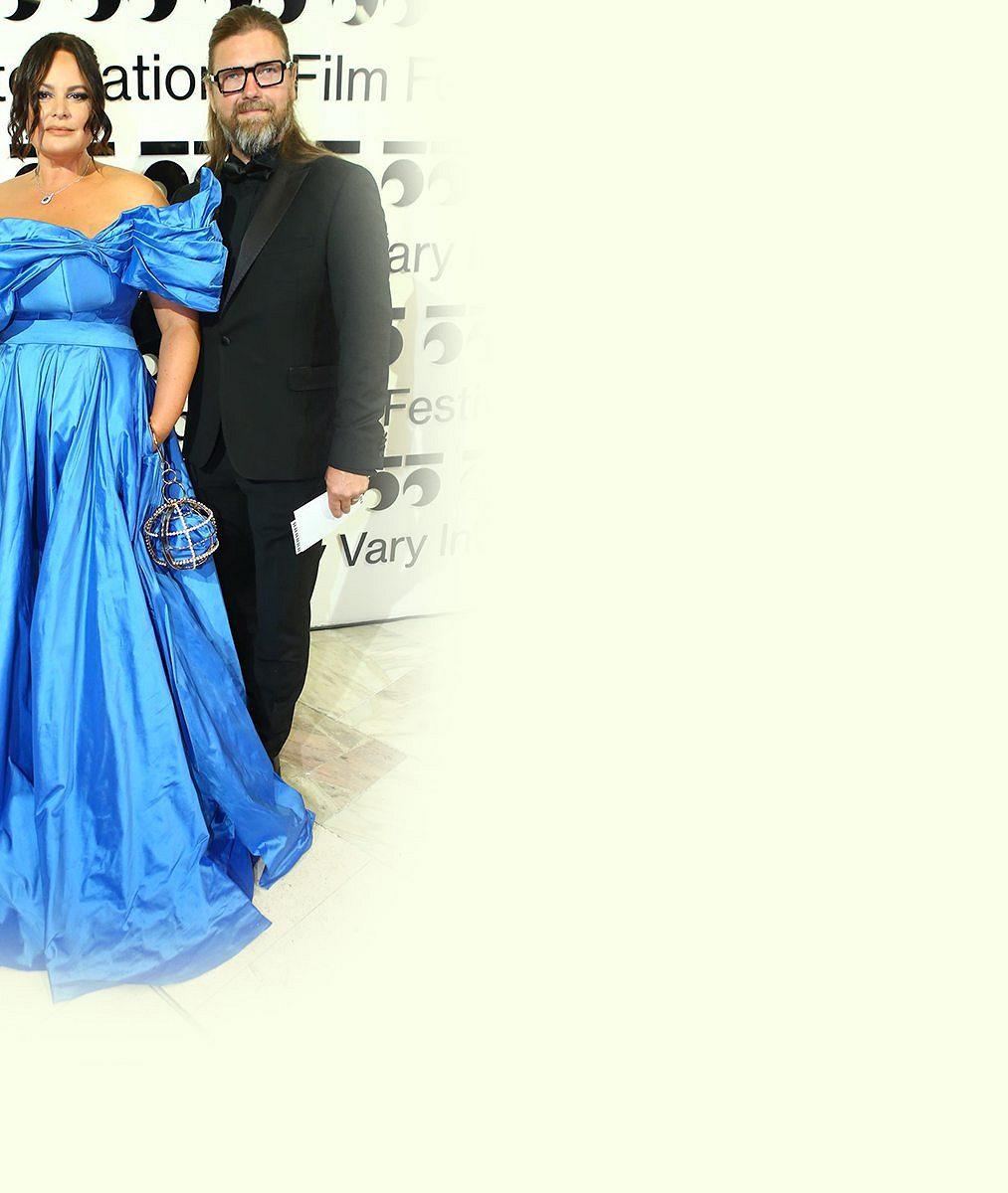 Čvančarová není jeho jedinou slavnou klientkou. Hanečka tvoří šaty pro prezidentku či nejslavnější slovenskou mumii